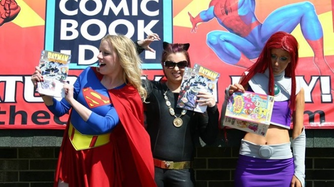 Free Comic Book Day: Costume-Up, Super Readers