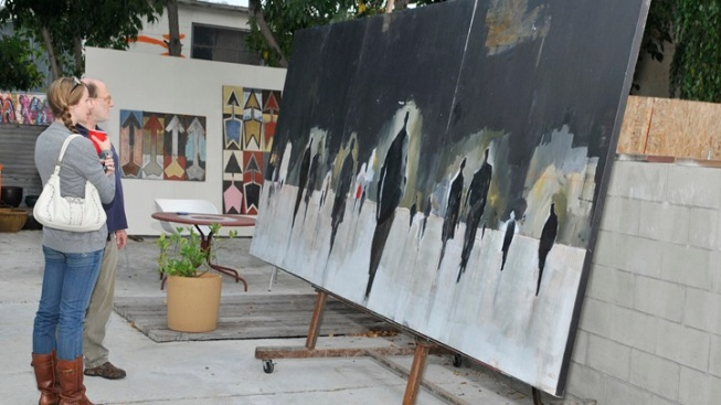 Stroll Frogtown: Al Fresco Art Enjoyment