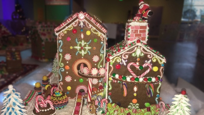 Admire Award-Winning SoCal Gingerbread Houses