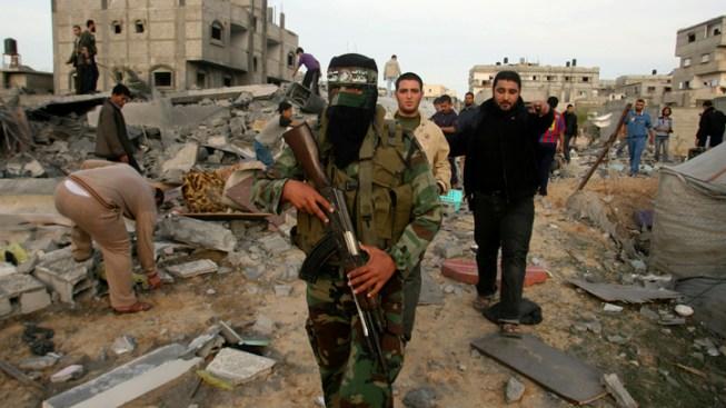 Israel Calls Up 16K Reservists, Hamas Aims Rockets at Jerusalem
