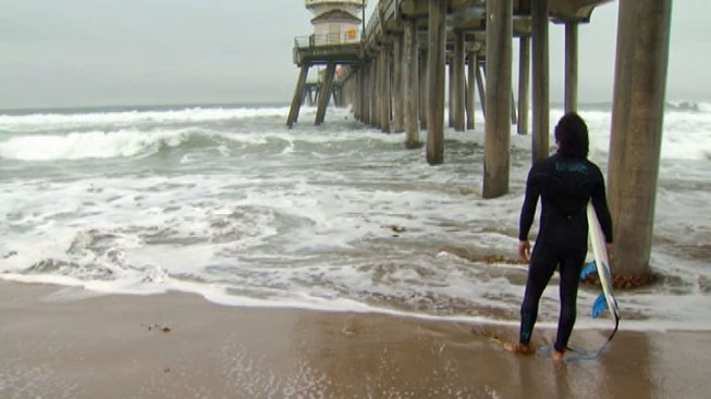 Southern California to Get Rainy Weekend, High Surf