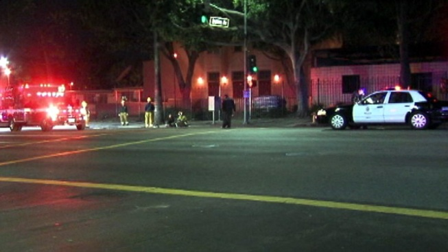 Two Pedestrians Injured in Hollywood Hit-and-Run Crash
