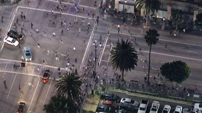 Group Takes Over Hollywood Boulevard, Police Issue Modified Tactical Alert