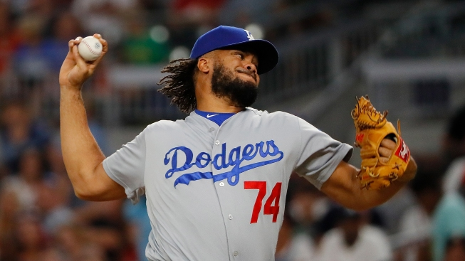 Kenley Jansen Named 2017 NL Reliever of the Year