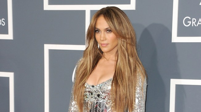 J-Lo Flash Mob to Hit The Grove
