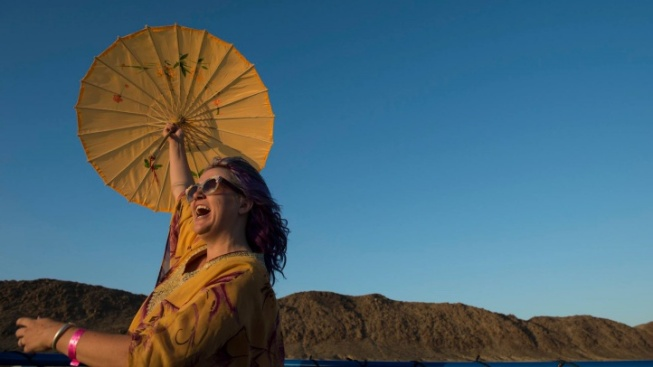 Joshua Tree Music Fest Has Sunshine, Inside and Out