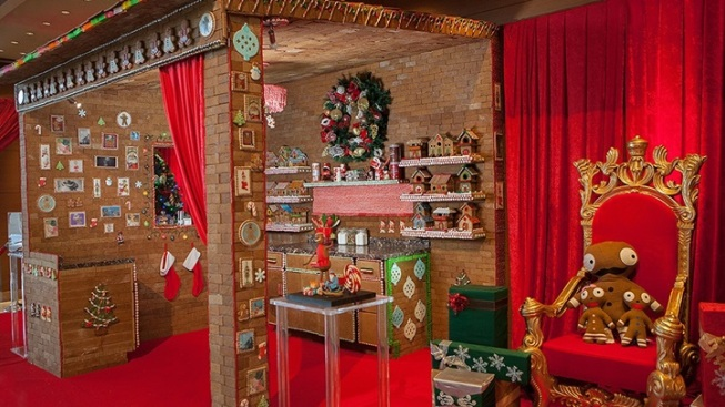 Ginormous Gingerbread Room Downtown