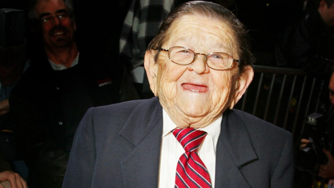 """Wizard of Oz"" Munchkin Dead at 93"