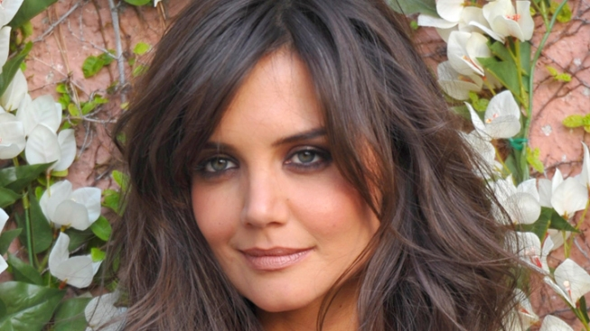 Katie Holmes Settles Lawsuit With Star Magazine
