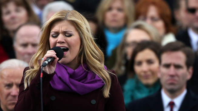 Kelly Clarkson Ranks No. 1 on Forbes' List of Top-Earning American Idol Contestants
