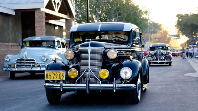 The Great Labor Day Cruise: 1,200+ Cars
