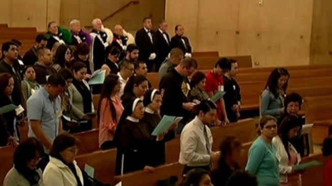 SoCal Churchgoers Pray All Night for Pope Election