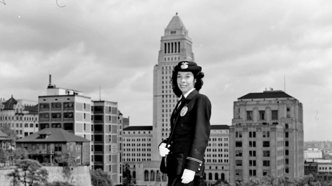 "LAPD Mourns  Loss of First Female Hispanic Officer Who ""Opened the Door for Many Women"""