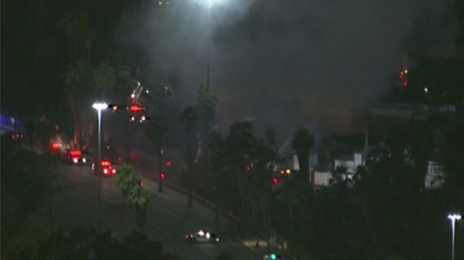 Fire Breaks Out at Business in Lincoln Heights