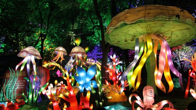 New: Chinese Lantern Landscape at LA County Fair