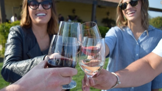 It's a Merry Madera Wine Trail Holiday