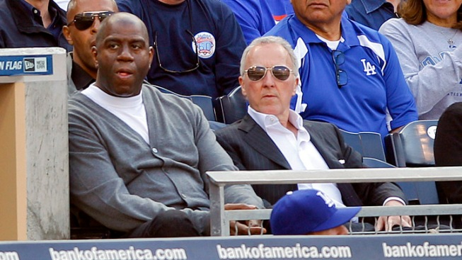 Frank McCourt Out, Magic Johnson's Group in as Dodgers Owners