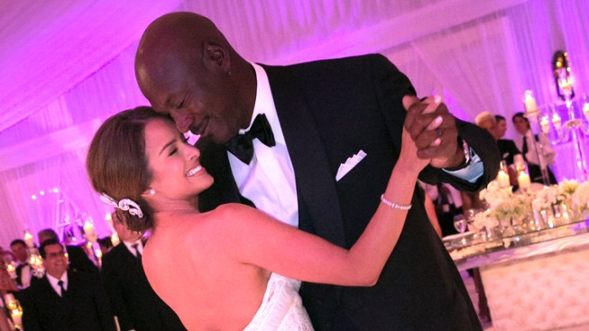Michael Jordan's Wife Gives Birth to Twin Girls