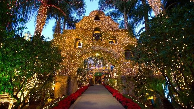 Book Soon for the Mission Inn's Twinkliest Time
