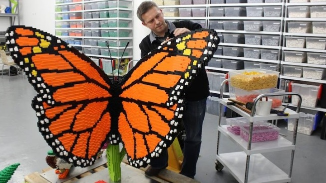 'Natural' LEGO Sculptures Bloom at Garden Exhibit