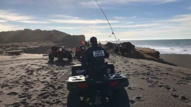 Oregon Dad, Toddler Swept to Sea as Mother Helplessly Watched