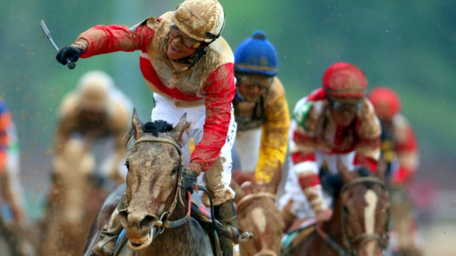 """Orb Wins Kentucky Derby on """"Perfect Trip"""""""