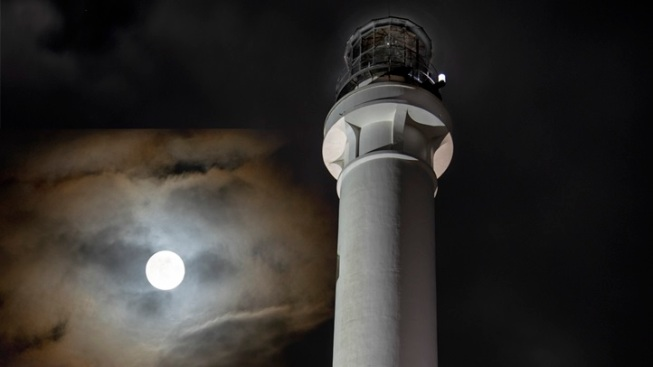 Lighthouse Adventure: Full Moon Tours