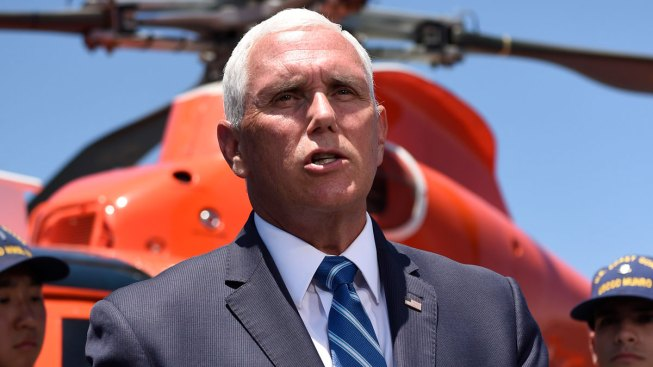 'No Shower, No Shower!' Migrants Shout as Pence Visits Texas Detention Centers