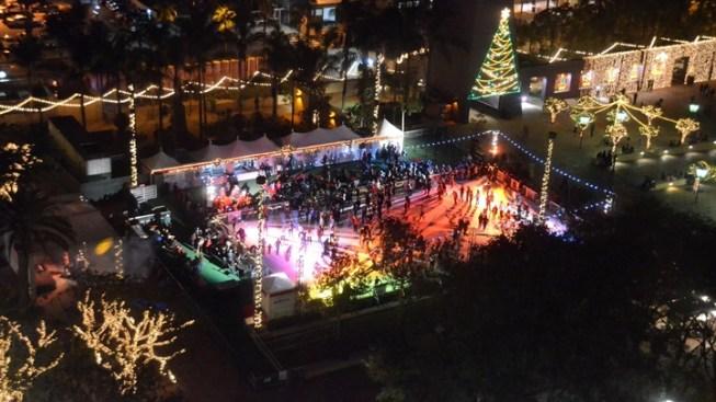 Move Aside, Turkey Trots: Thanksgiving Skate