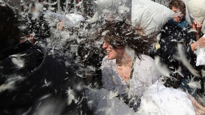 Pillow Fight Day: Pershing Square Quirky