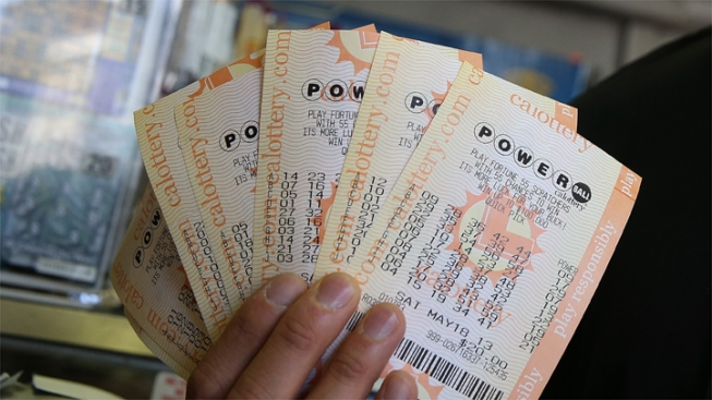"Powerball Ticket Sold ""in Taft of All Places"" Matches 5 of 6 Winning Numbers"