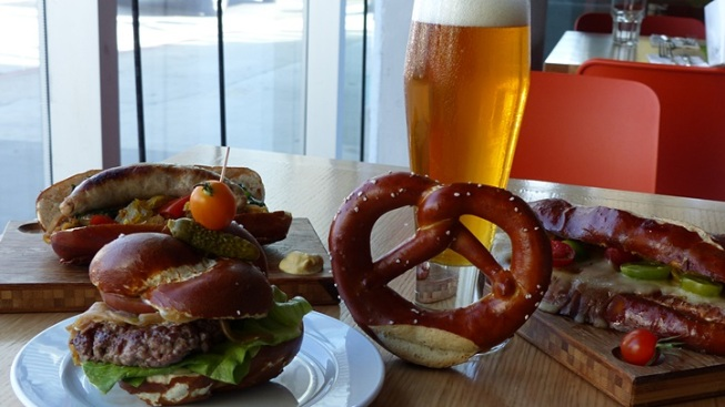 The All-Pretzel Happy Hour