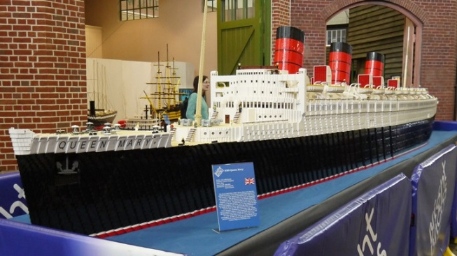 250,000+ LEGOs: Queen Mary Model Goes on Display