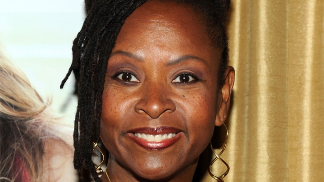Howard Stern Sidekick Robin Quivers Has Tumor Removed