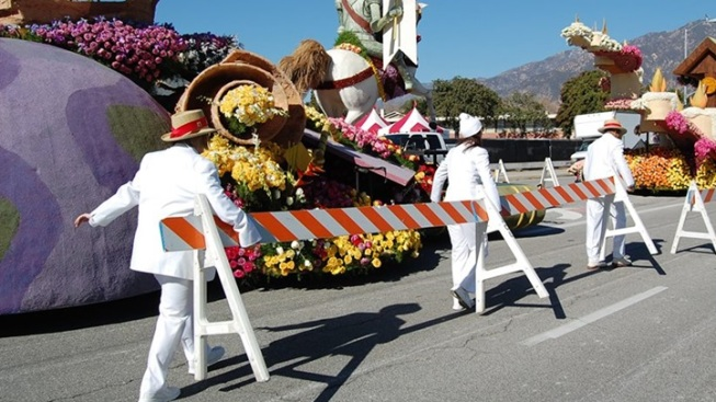 White Suiters Wanted: Volunteer for the Rose Parade