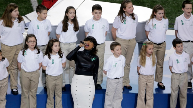 Sandy Hook Choir, Hudson Delight Super Bowl Crowd