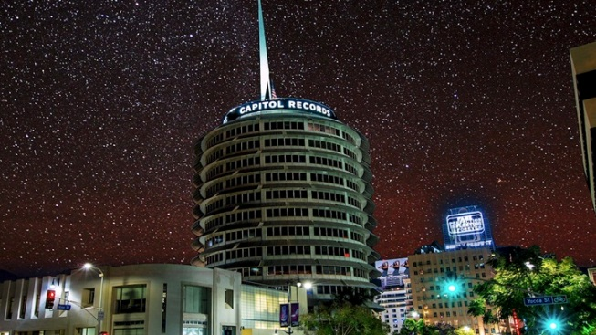 New Timelapse Video Imagines LA's Starry Sky Aglow
