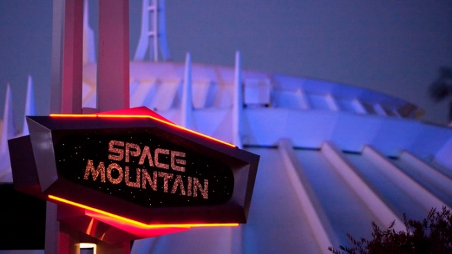 Space Mountain Classic Zooms Back