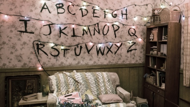 Enter Universal's 'Stranger Things' Maze... in the Daytime