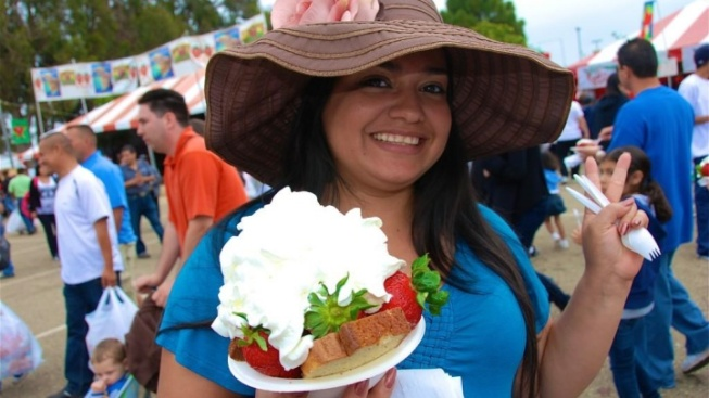 Strawberry-Themed Everything to Rock Oxnard Fest
