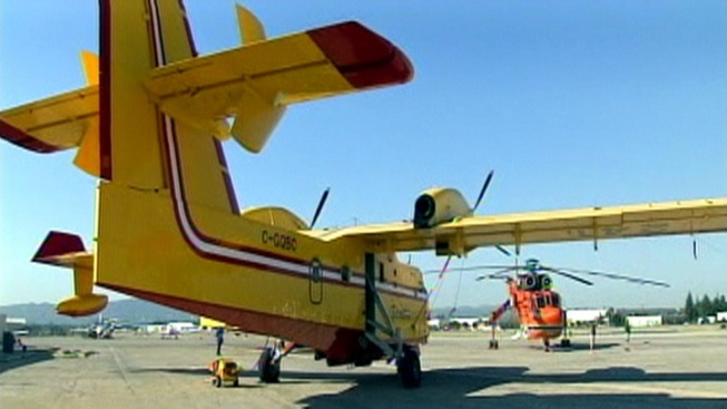 SuperScoopers Deliver During Busy Day of Firefighting