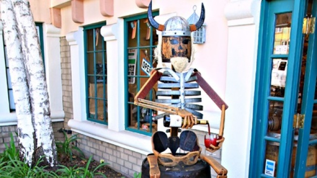 Creative Autumn: Santa Ynez Valley Scarecrows