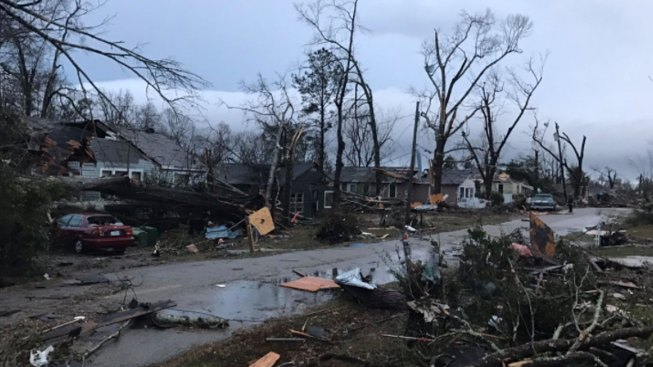 4 Dead After Tornado Rips Through Mississippi