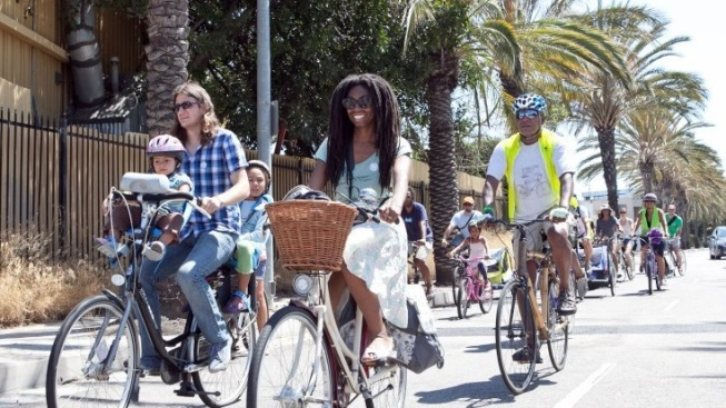 Santa Monica Sunday: Bike, Enjoy Culture, Bike Some More