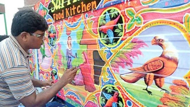 Vibrant Vehicle: Haider Ali's Live Truck Painting