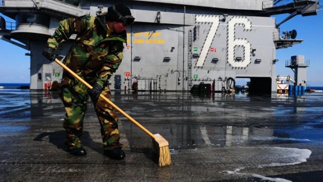 Sailors Sue Utility Over Radiation