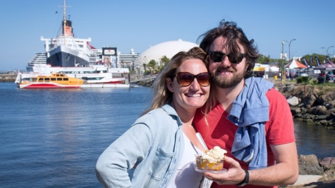 Eats, Sips, Games Rule the Waterfront Cook-Off