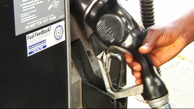 SoCal Gas Prices Reach Lowest Point This Year