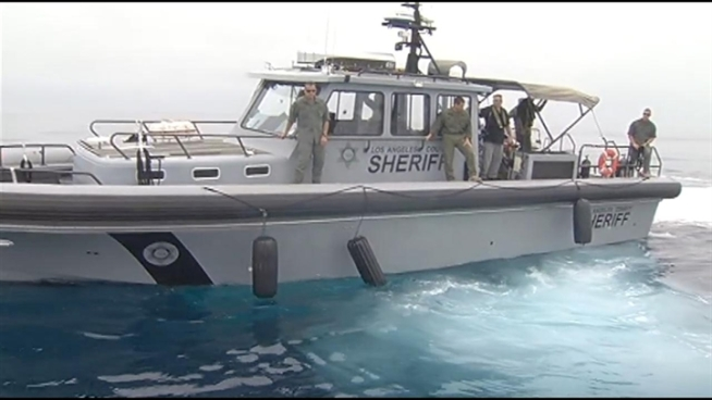 Three days of training drills off the SoCal coast aim to prepare law enforcement for possible chemical or biological terror attacks from the sea. Deputies with assault rifles and hazmat suits drew up to a suspected boat, where people role-playing as terrorists were on board with hypothetical mustard gas. Patrick Healy reports from Malibu for the NBC4 News at 6 p.m. on June 13, 2012.
