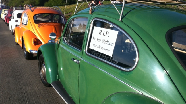 VW Club members gathered for a memorial ride in honor of Jayme Midlam, a 25-year-old Clairemont man who was killed in a crash with a suspected drunk driver. NBC 7's Chris Chan reports.
